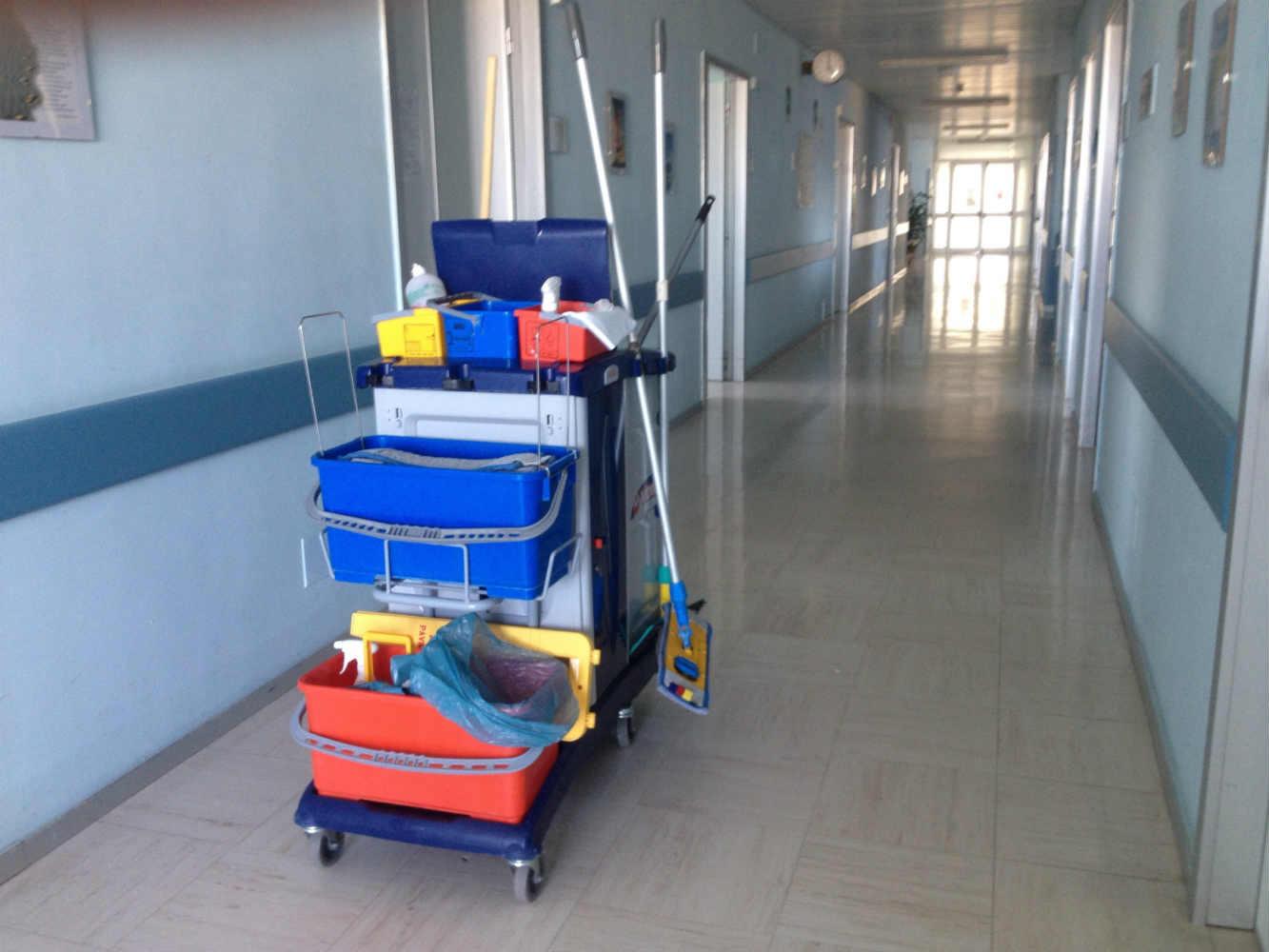 Entretien et <span>nettoyage de bureaux</span>